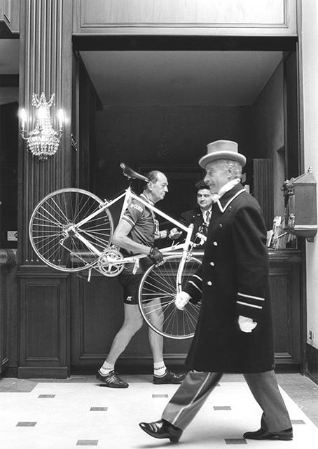 Robert Laurens, Hotel Ambassador, Paris